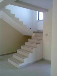Изграждане на стълбища