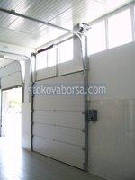 uși de garaj secționale moderne