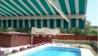Сенници и тенти за градини и басейни