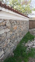 изграждане на каменна ограда по поръчка