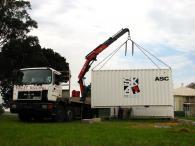Преместване на голям контейнер