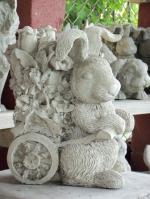 Статуя - композиция с животни от полимербетон
