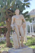 Мъже статуи