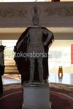 Изработка по поръчка на статуи на мъже