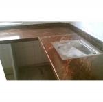 Изработка на кухненски плот от мрамор