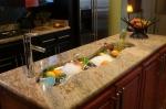 Кухненски плотове от мрамор с индивидуални форма и размери
