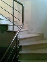 Проектиране и изграждане на стъпала, облицовани с травертин