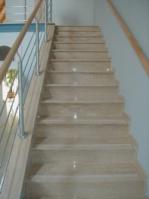 Проекти за стъпала с варовикова облицовка