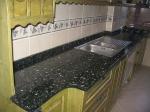 Гранитни кухненски плотове