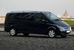 Извършване на трансфер с Mercedes Viano до аерогара Варна