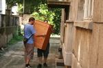 преместване на мебели и обзавеждане. по поръчка